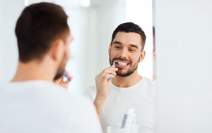 Zahnstein selbst entfernen - Diese 3 Methoden sind empfehlenswert